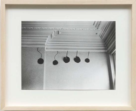 PHILIPPE VAN SNICK (1946, BE) Frieze in studio, 1975